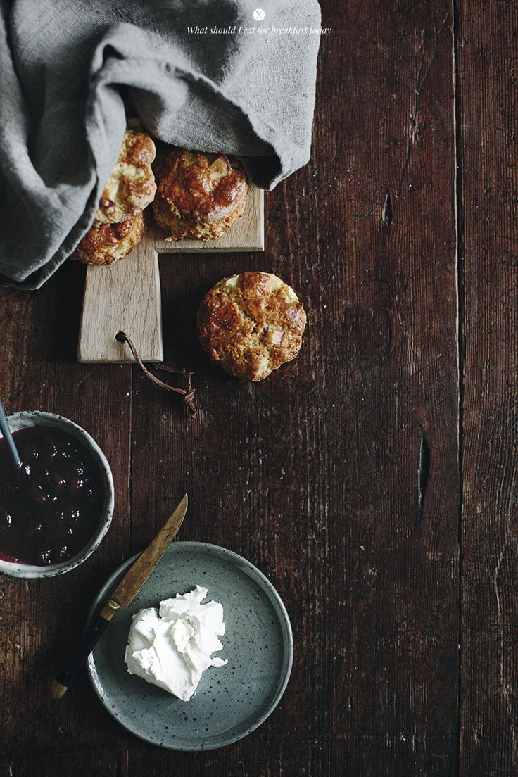 Apple and cranberries scones _ Marta Greber
