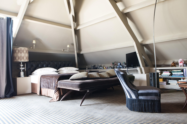 5.Suite-Deluxe-Rideau-de-Cheveux-Hotel-Particulier-Montmartre