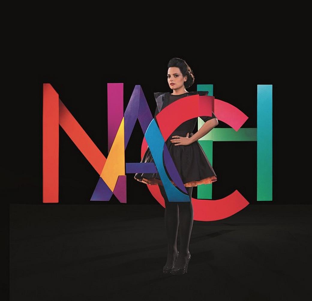La chanteuse Anna Chedid, alias Nach, sort son premier album et a accepté de répondre aux questions colorées de notre interview confettis.