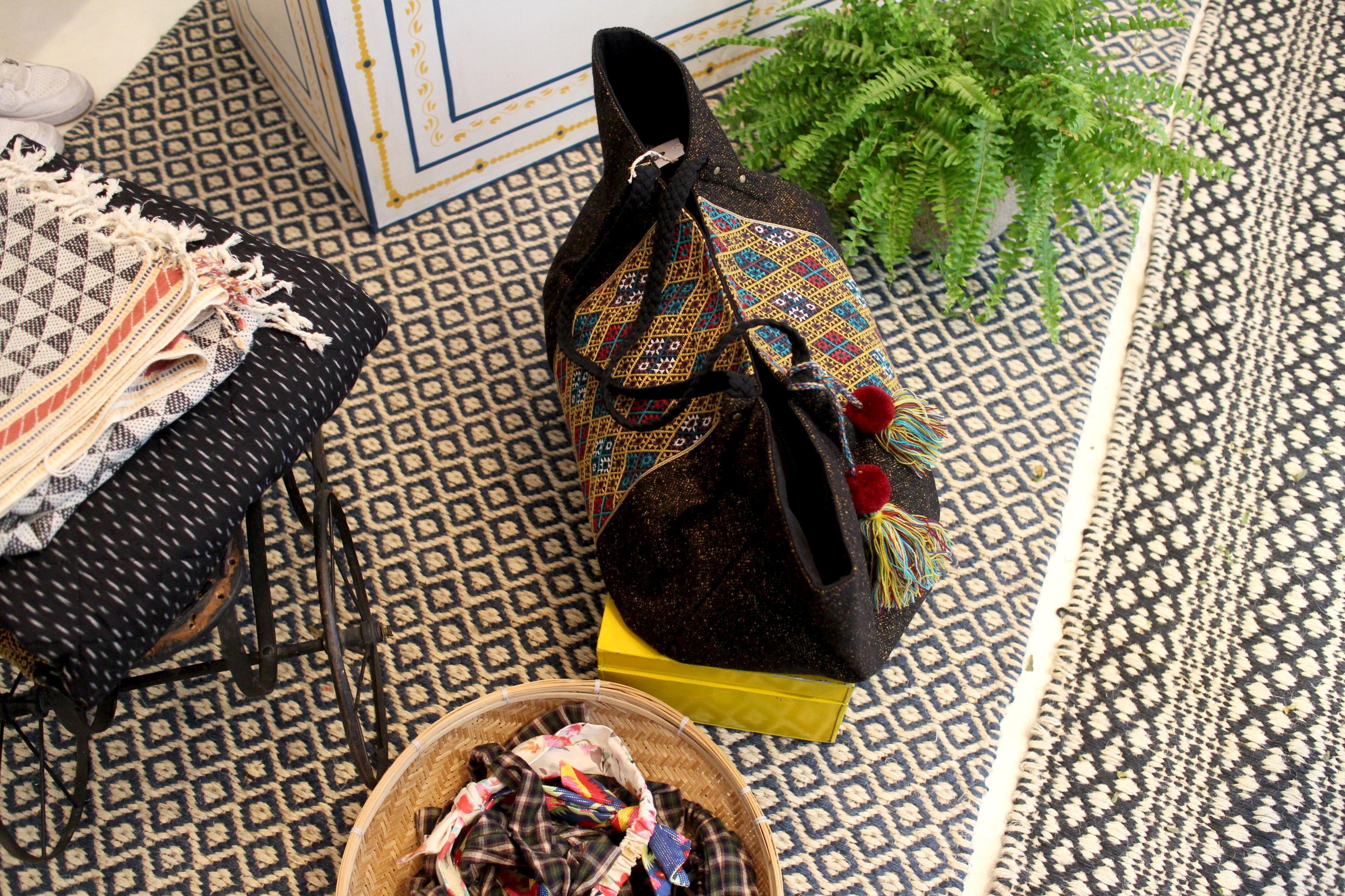 Entre savoir-faire traditionnel indien et raffinement parisien, Jamini a tout pour plaire. La deuxième boutique parisienne vient tout juste d'ouvrir.