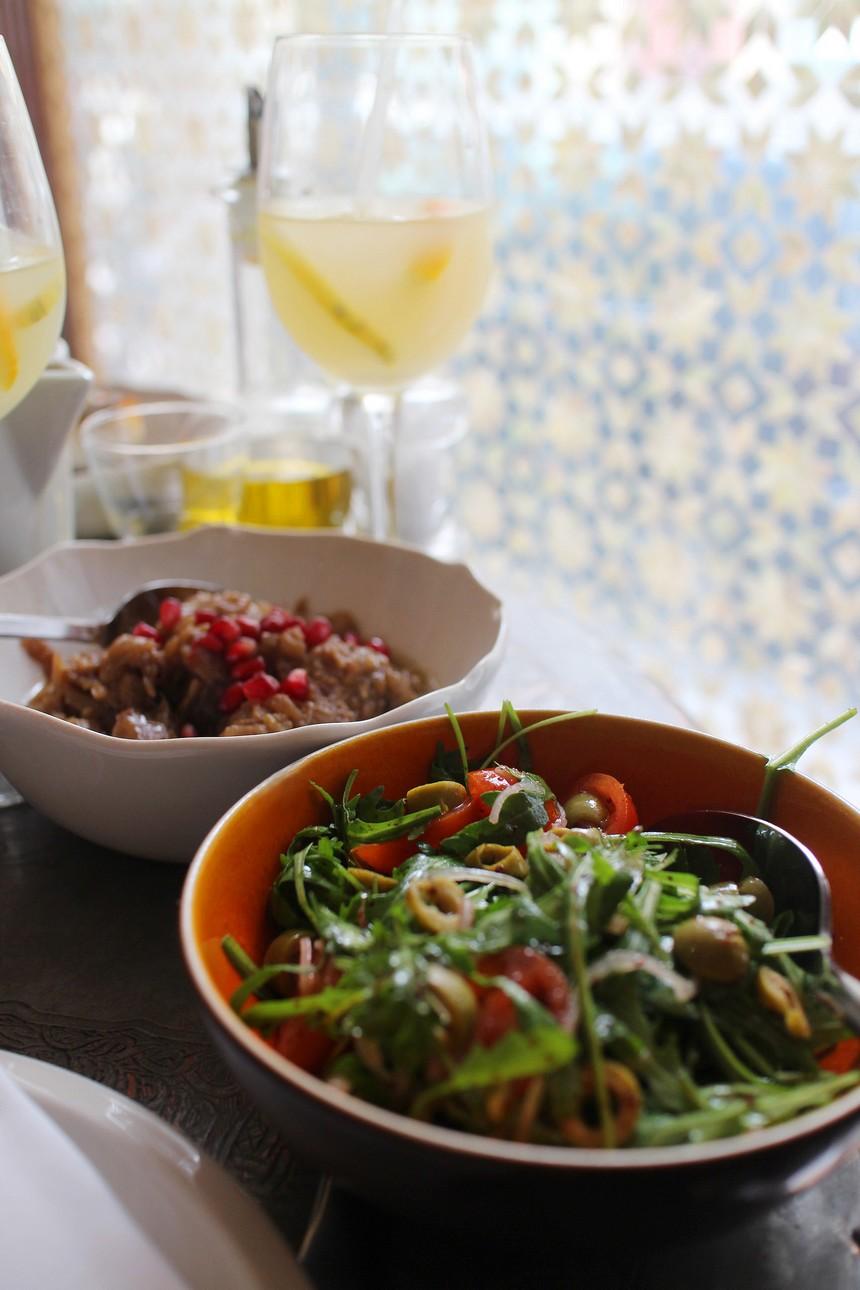 Liza Paris, restaurant libanais. 14 rue de la banque, 75002 >> www.lesconfettis.com/liza