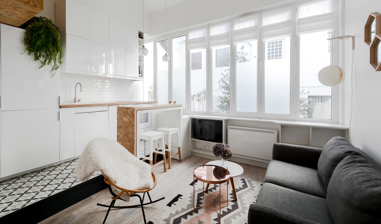 un 22m2 aux allures de loft les confettis. Black Bedroom Furniture Sets. Home Design Ideas