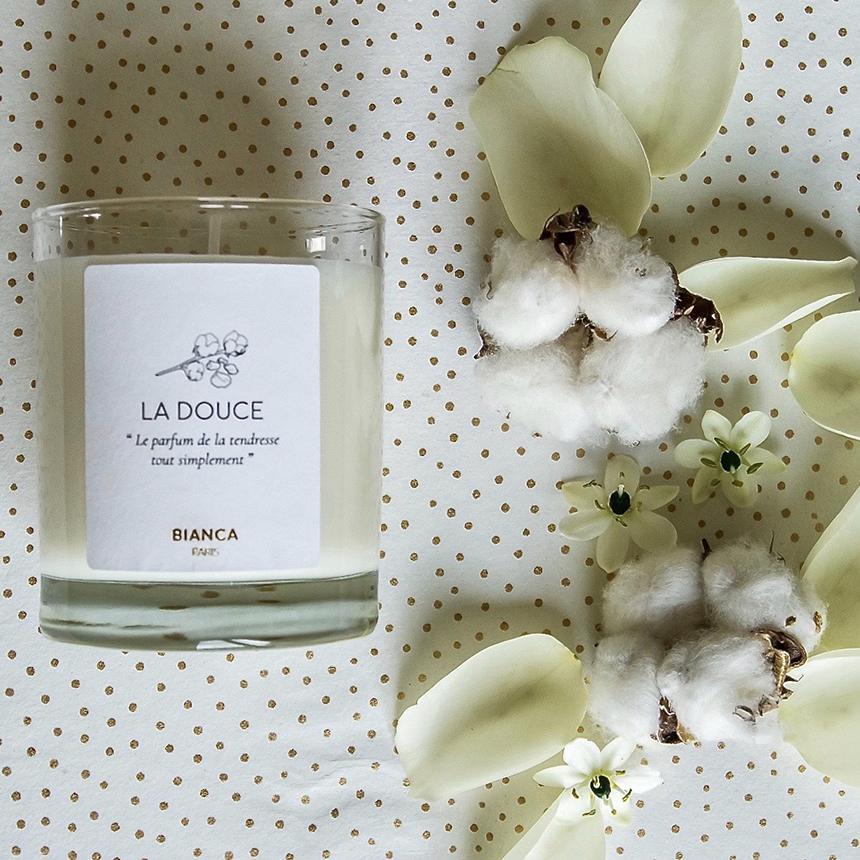 bougie-parfumee-douce-bianca-scene