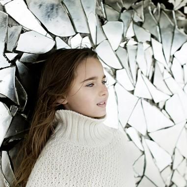 charlotte-badelon-les confettis-photographe-fille