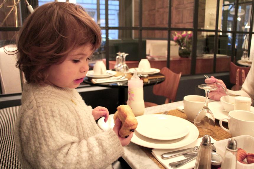 petit-dejeuner-parais-hotel-paris