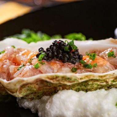 Huitre au caviar