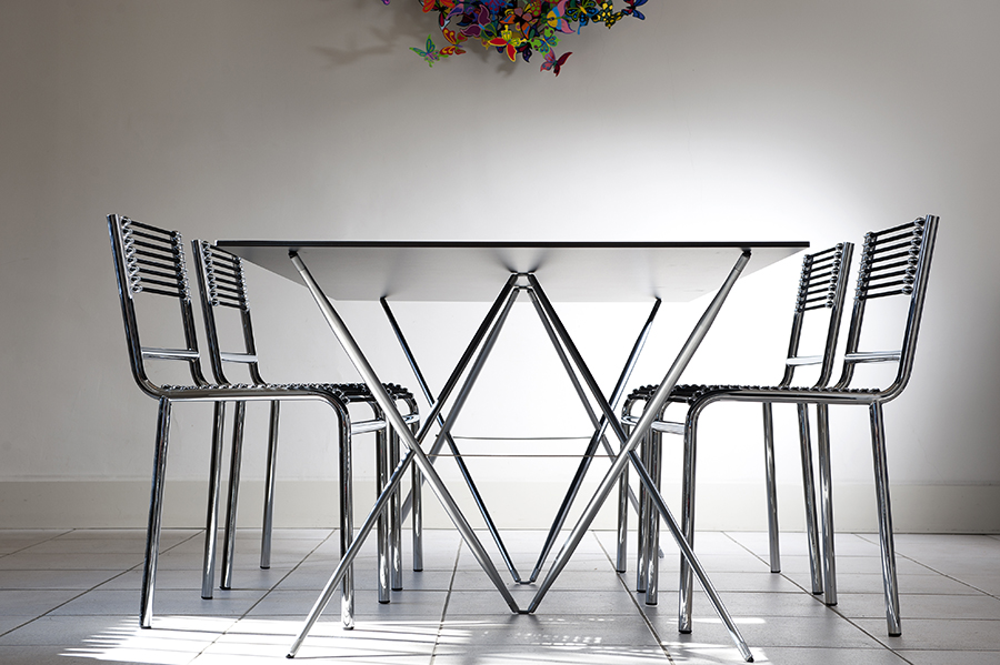 gallix_salon_table_chaises_de_salon_moderne