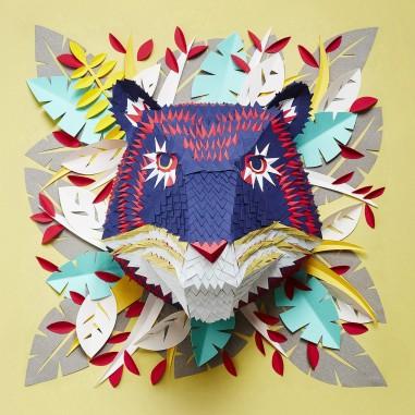 Mlle Hipolyte : sculptrice de papier