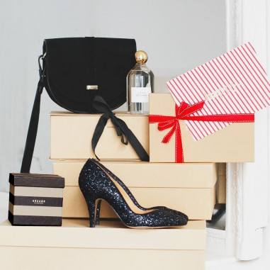 Découvrez les meilleures petites boutiques pour faire votre shopping de Noël pour toute la famille et les amis.