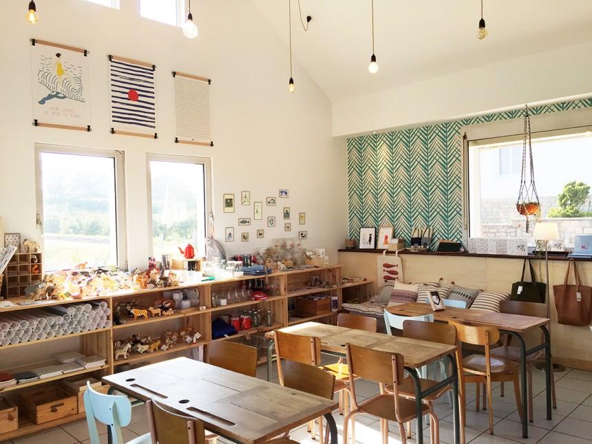 Monsieur Papier, l'atelier-café face à l'océan
