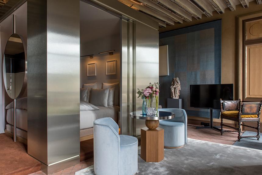 Hotel-Cour-des-Vosges-Paris-Les-Confettis