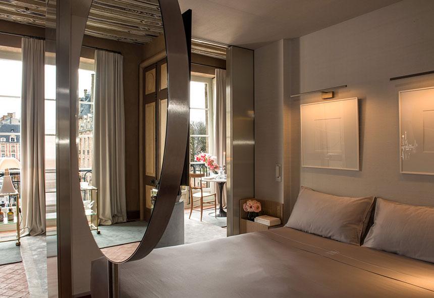 Hotel-Paris-Cour-des-Vosges-Les-Confettis