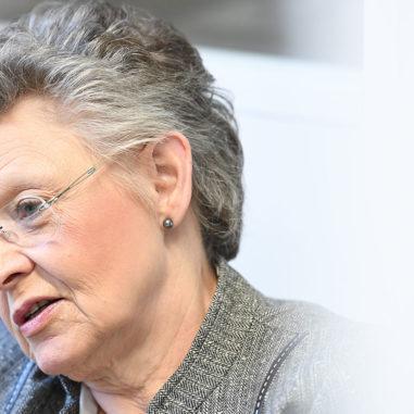 Les-Confettis-Françoise-Barré-Sinoussi-revue
