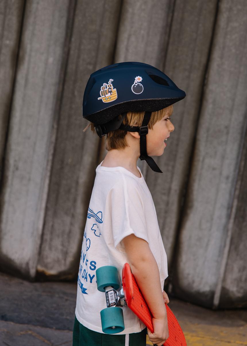 Mon-Zoli-Casque-casque-personnalisable-enfants-les-confettis-journal
